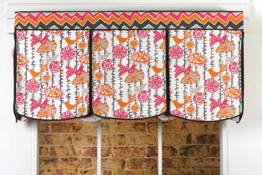 ... Curtain Patterns > Show Home Patterns > Lace-Up Valance Sewing Pattern